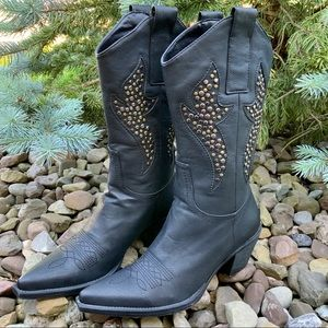 ROPER Studded Embellished Cowgirl heeled boots. 7